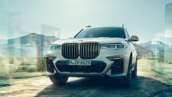 DER BMW X7 M50d.